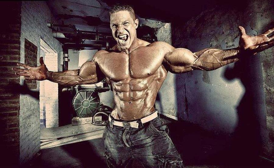 steroidai raumenims