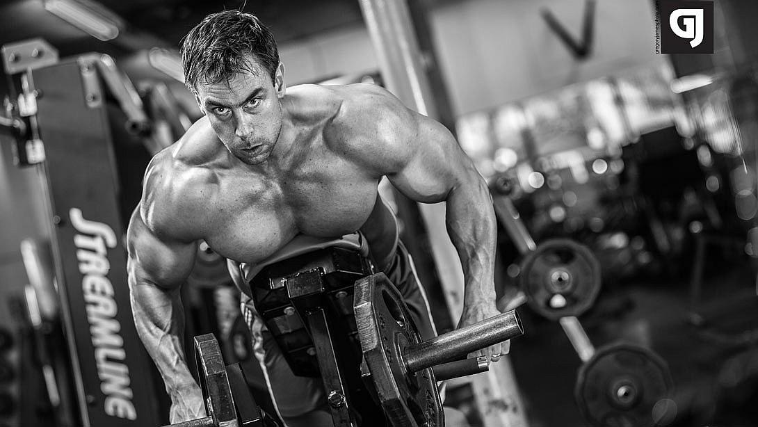 kaip padidinti raumenų masę varpoje)